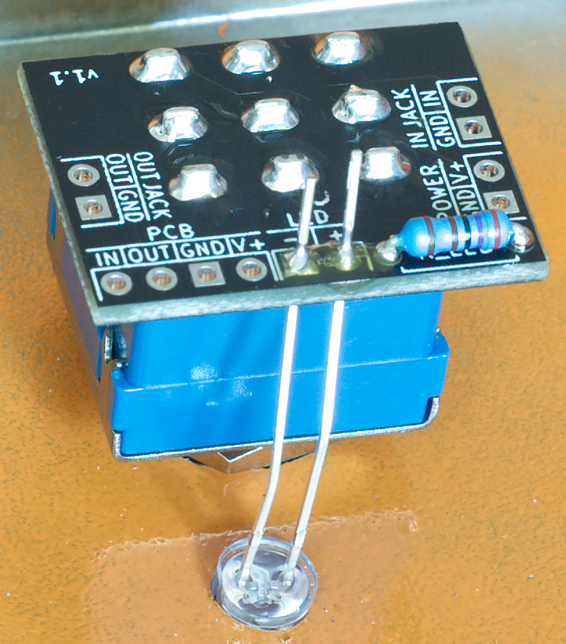 3PDT board showing the led soldered into position