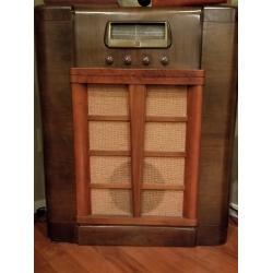Airline Vintage Radio