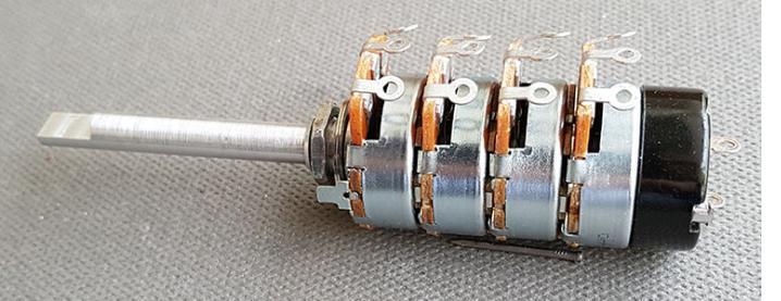 Pot volume McIntosh C20 : 2x100k + 2x1M + switch
