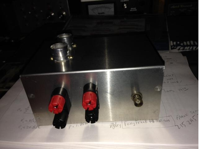 rear panel of vacuum tube VFO