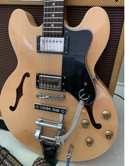 Epiphone Dot with Bigsby B7