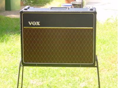The finishing touch to my 64 Vox AC30 restoration. All parts, tolex, grille cloth,tubes and caps all from Antique Electronic Supply