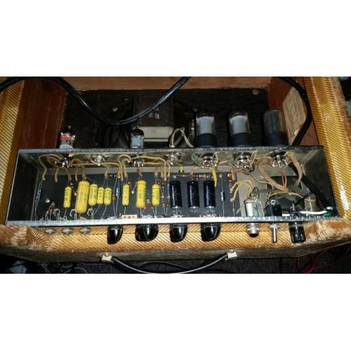 "Customer image:<br/>""1956 Fender Vibrolux recap"""