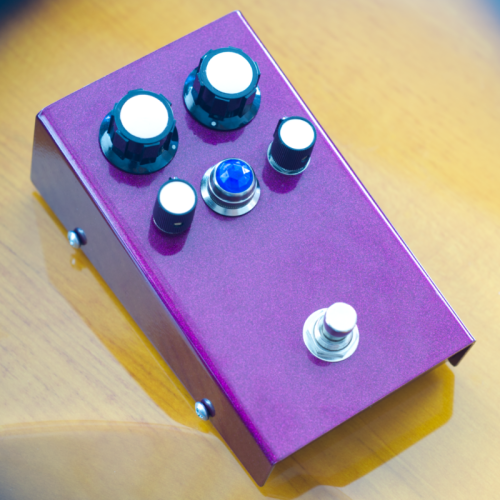 "Customer image:<br/>""Aqua jewel as fuzz pedal indicator light"""