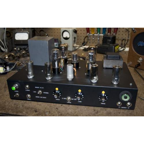 "Customer image:<br/>""Dual spring reverb unit to generate stereo."""