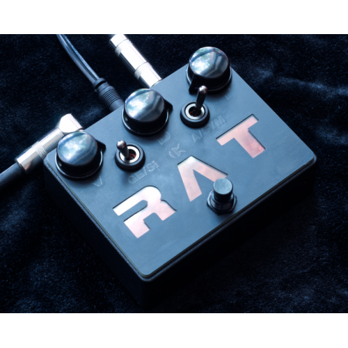 """Customer image:<br/>""""Black footswitch in pedal"""""""