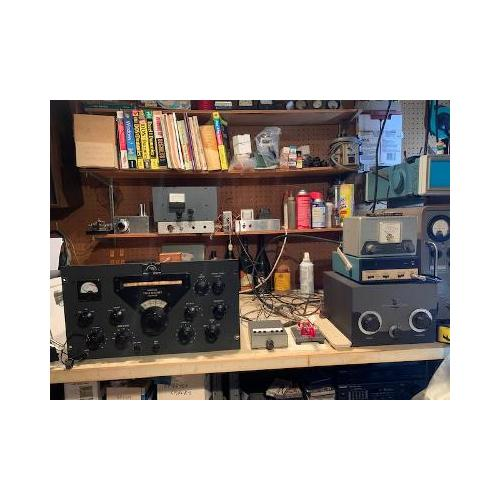 "Customer image:<br/>""On top shelf is a 6J5 &amp;amp; 6L6 transmitter for the 40 m  amateur band"""